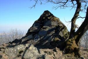 Hier das Jägerdenkmal im Jahre 2010